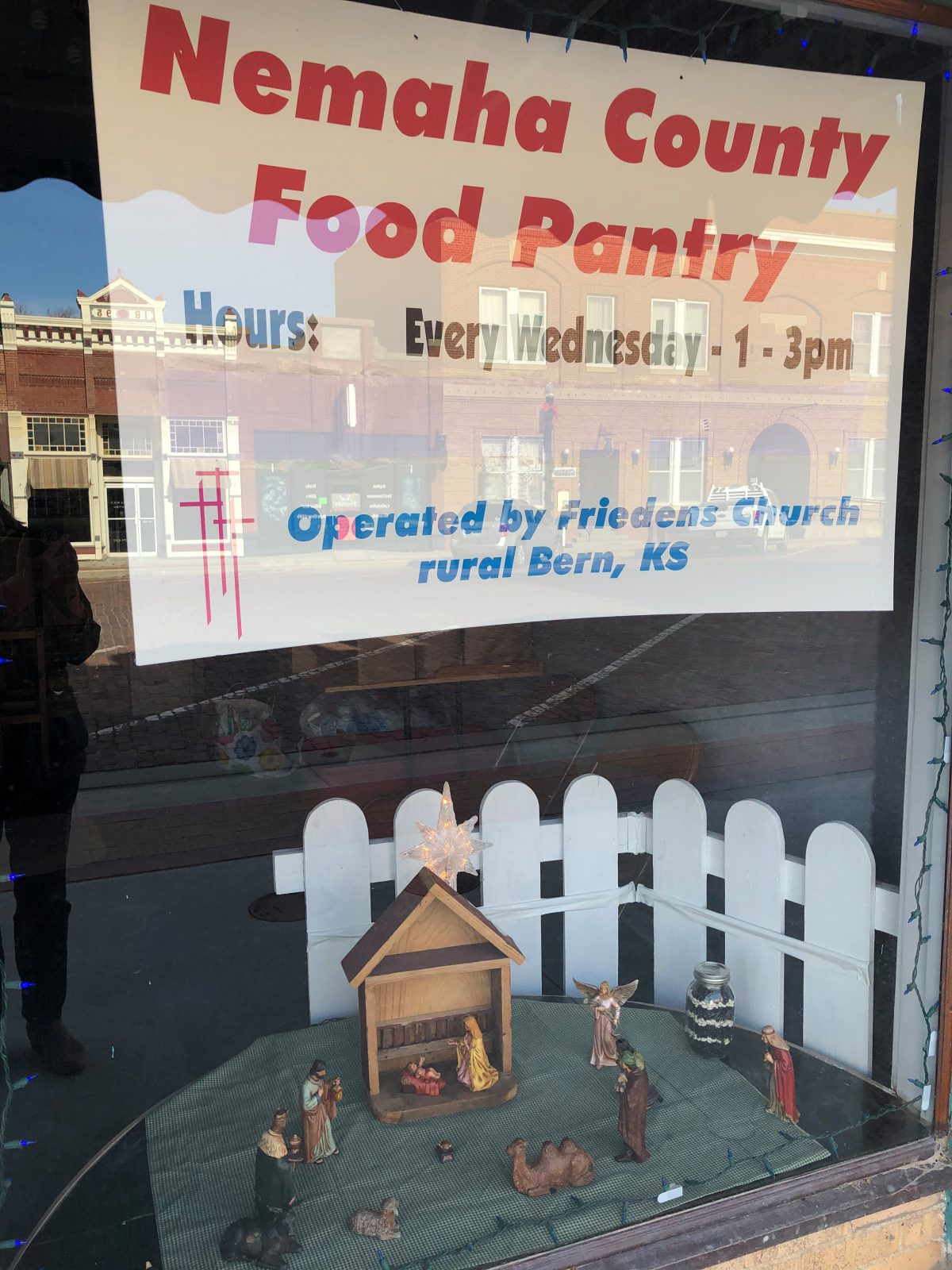 Library Asks Patrons to Assist Local Food Pantry